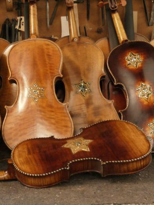 Philharmonic Orchetra of Monaco to use holocaust victims' violins.