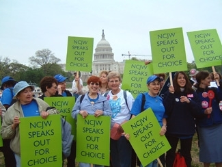 Members of the National Council for Jewish Women rally for reproductive rights April 25, 2004, in Washington. (Matthew E. Berger)