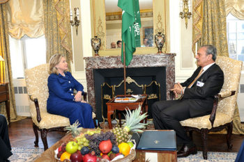 U.S. Secretary of State Hillary Clinton meets with Saudi Foreign Minister Saud al Faisal in New York on Sept. 21, 2010. Leaked memos show that behind closed doors, Saudi officials have pressed the United States to attack Iran. (State Dept.)