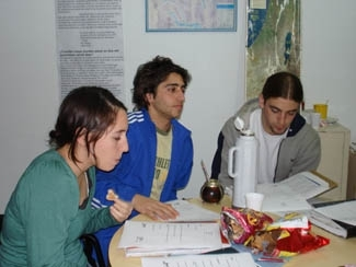 Teen participants in Buenos Aires program that teaches future Jewish instructors work on their High Holidays lessons. (Florencia Arbiser)