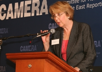 Andrea Levin, executive director of CAMERA, the Committee for Accuracy in Middle East Reporting in America, speaks at the CAMERA conference, Oct. 21, 2007. (Richard Lobell)