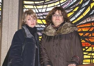 Marina Itzhayek, left, the wife of a Canadian businessman being held in an Indian prison, and his sister Sylvia Itzhayek are hoping the efforts to free him will be successful. (Bram Eisenthal)