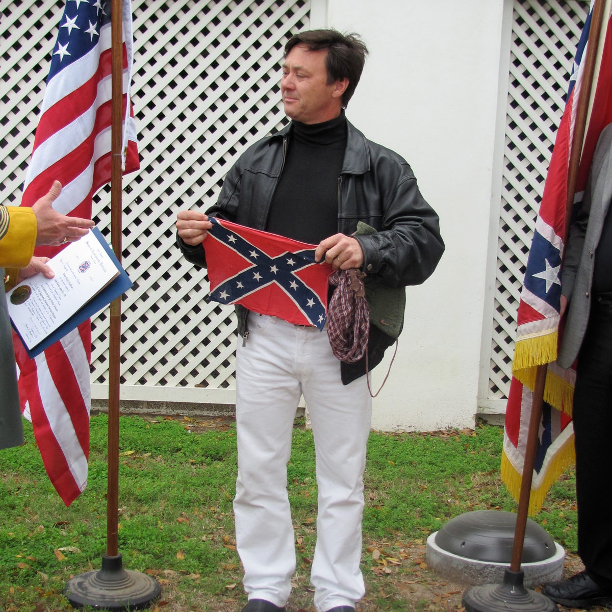 Israeli Redneck Arieh Osullivan Gets His Confederate Stripes