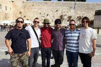 Linkin Park, the American rock group, poses at Jerusalem's Western Wall hours before a Nov. 15, 2010 concert in Tel Aviv. (Abir Sultan / Flash 90)