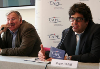 Meyer Habib, right, vice president of the CRIF umbrella body of French Jewish communities, speaking at a news conference in Paris in 2009.  (Courtesy of CAPE - Centre d'Accueil de la Presse Etrangère)