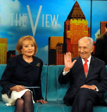 """Israeli President Shimon Peres and """"The View"""" host Barbara Walters on the show's set in New York, Feb. 29, 2012. (Moshe Milner / GPO / Flash90)"""