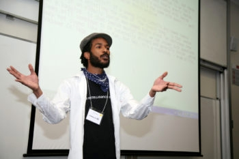 Hip-hop artist Y-Love presents at a session in Australia of Limmud-Oz 2009. (Shalom Institute)