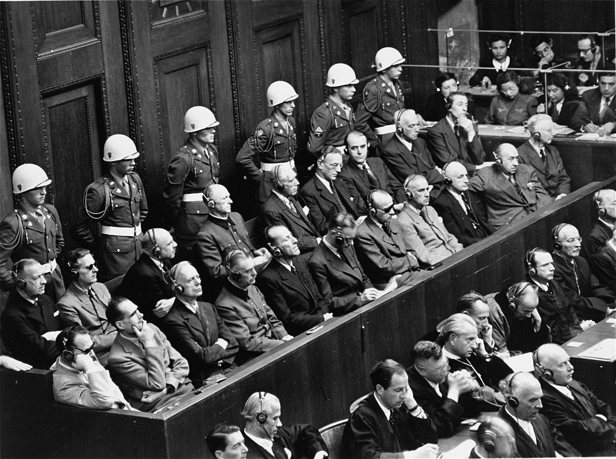 how many nazis were executed in the nuremberg trials