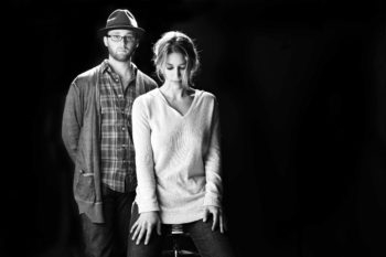The folk-pop duo Wellspring features the Modern Orthodox performer Dov Rosenblatt and his non-Orthodox band mate Talia Osteen. (Courtesy The Wellspring)
