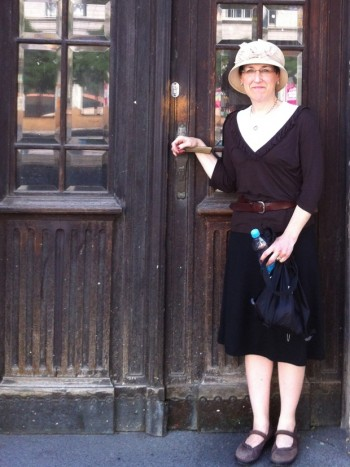 Chana Staiman visiting the building in Prague where her late father, Harry, was raised. (Courtesy Chana Staiman)