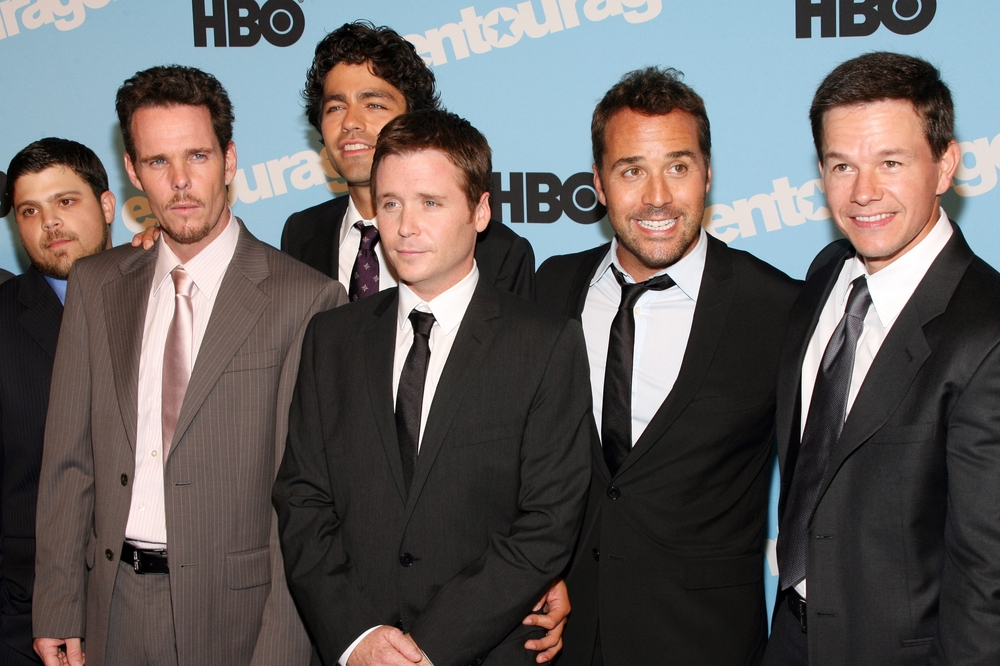 "Jerry Ferrara, Kevin Dillon, Adrian Grenier, Kevin Connolly, Jeremy Piven and Mark Wahlberg (from left to right) at the ""Entourage"" Season 5 Premiere in New York in on Sep. 3, 2009. (Sylvain Gaboury PR Photos)"