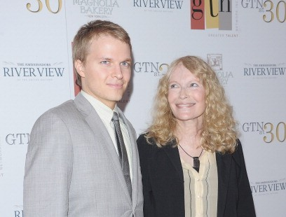 Ronan Farrow and his mother, Mia Farrow (Michael Loccisano/Getty Images)