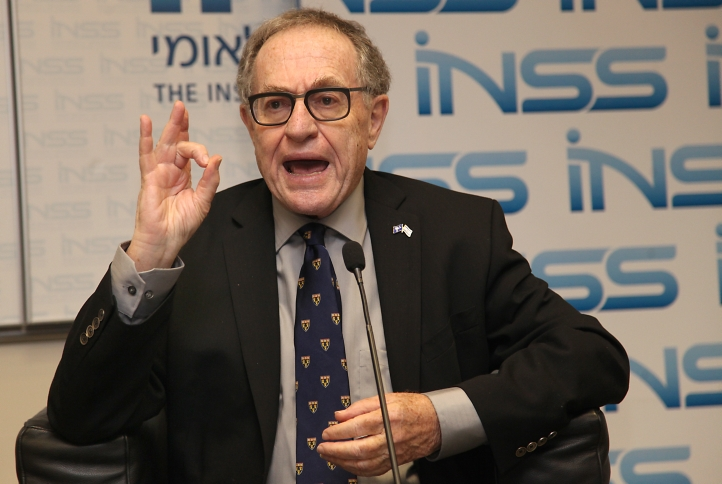 Alan Dershowitz spoke at the Institute for National Security Studies in Ramat Aviv, Israel, on Dec. 11, 2013. (Gideon Markowicz/Flash90)
