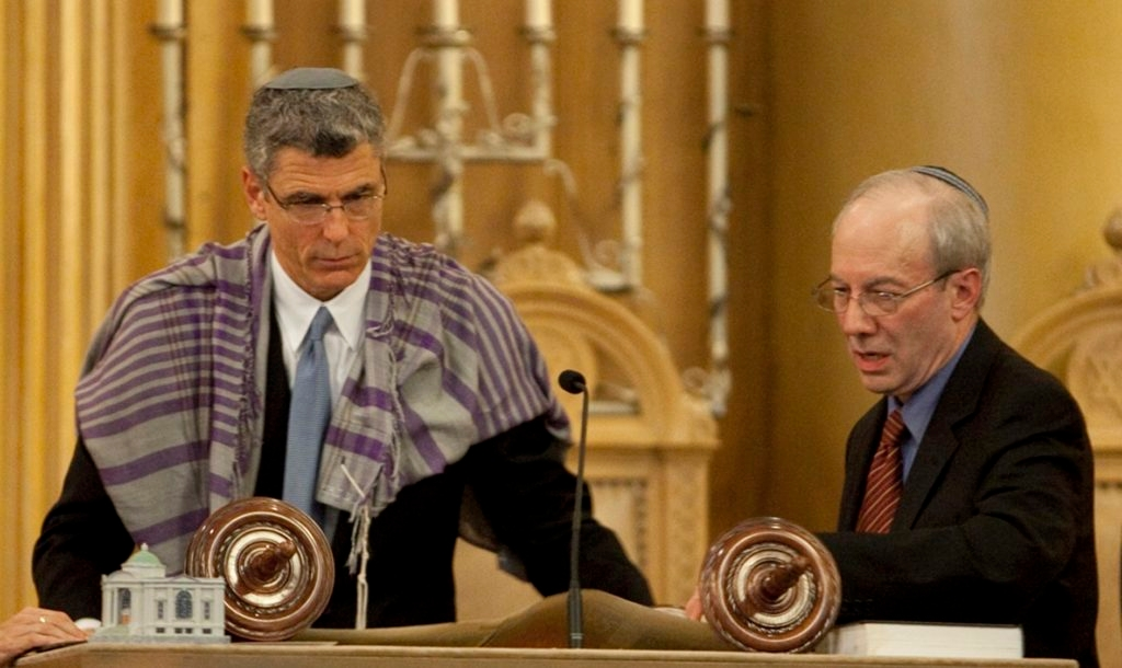 The last Reform biennial, held near Washington in December 2011, marked the passing of the torch to Rabbi Rick Jacobs, left, from Rabbi Eric Yoffie, right. (URJ)
