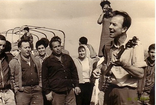 Pete Seeger visited Israel twice in the 1960s. (Courtesy Oneg Shabbat)