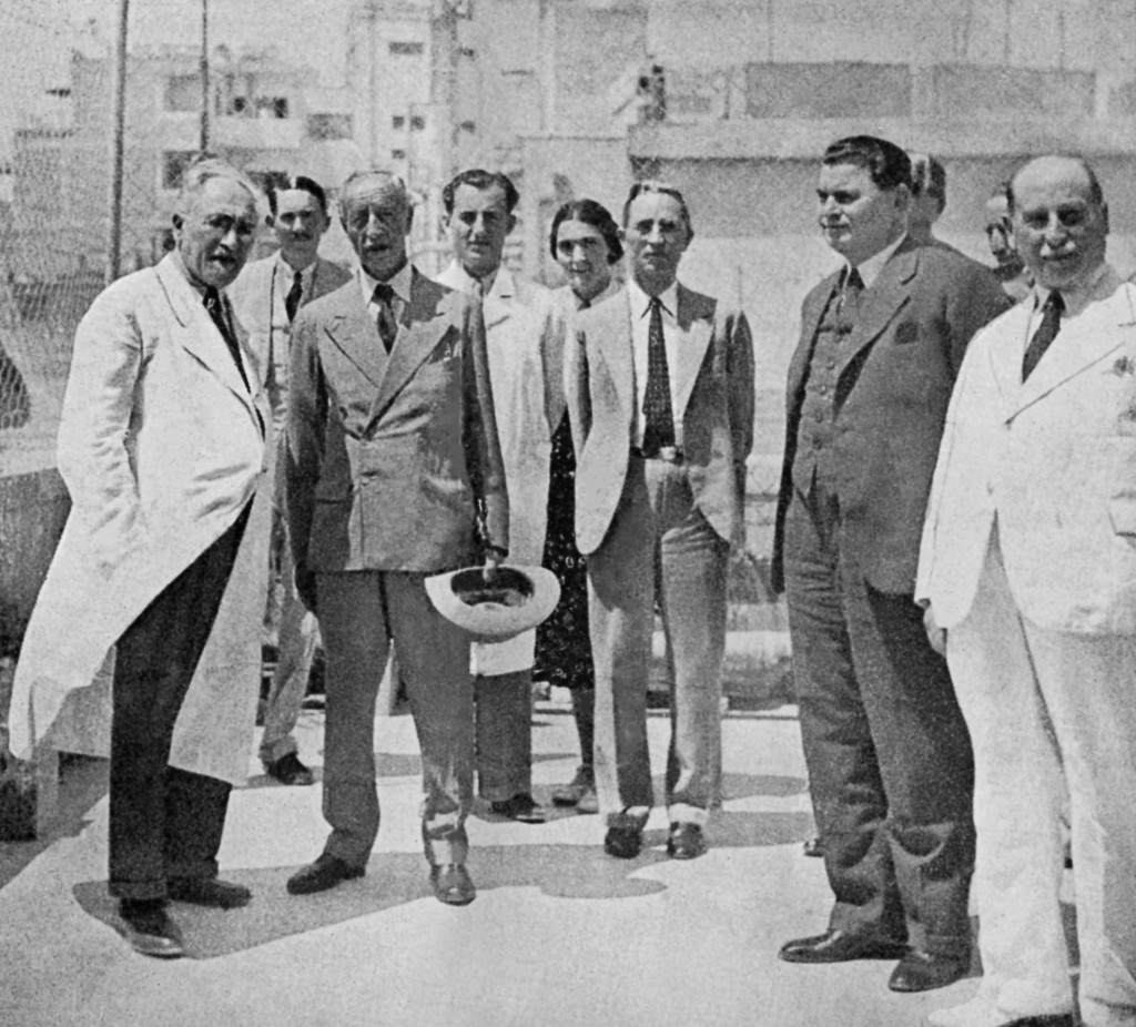 The founders of the Jerusalem pediatric rehabilitation hospital, with Haim Margalith at center, his jacket open. (ALYN Woldenberg Family Hospital)