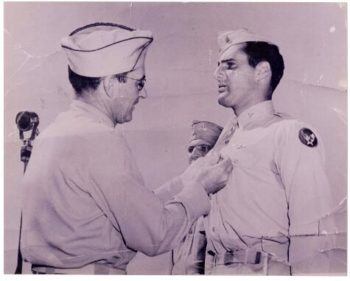 Lt. Harvey Kaufman receives awards from Col. Joseph P. Bailey. (Courtesy 301bg.com)