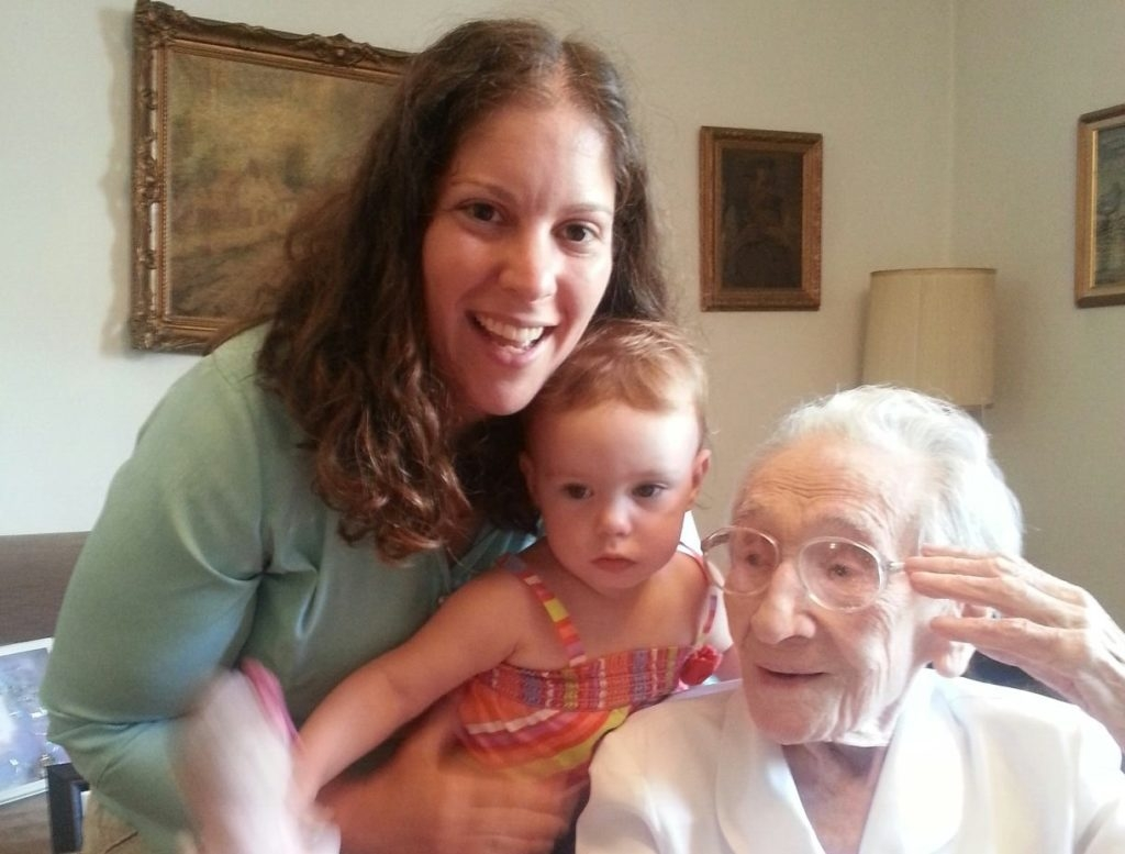 Gisela Dollinger with her great-great-great-grand nieces. (Courtesy Carole Vogel)