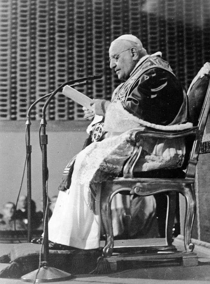 Pope John XXIII delivers a message to the world appealing for peace. (Keystone/Getty Images)