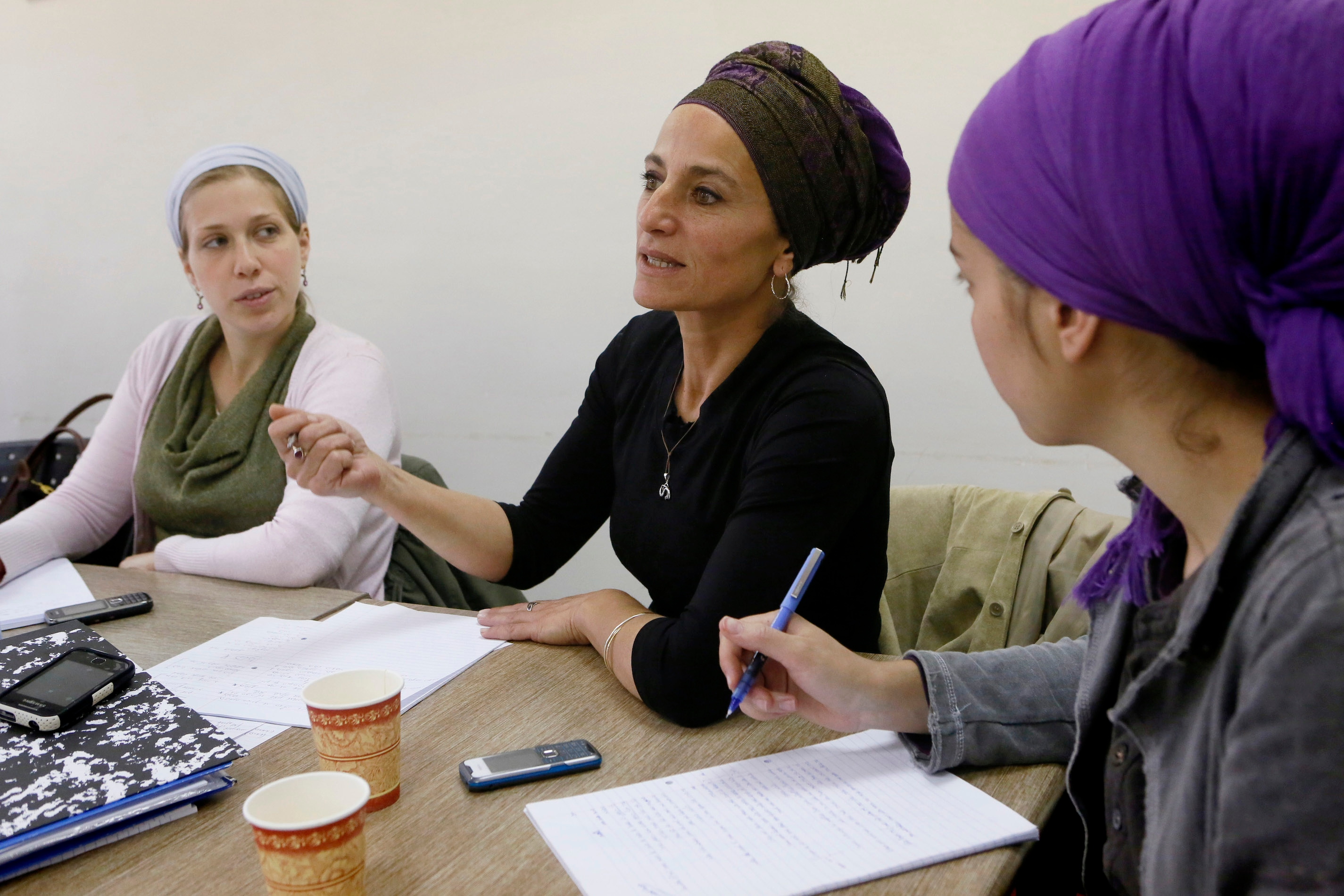 Are women kosher supervisors a step toward gender equality ...