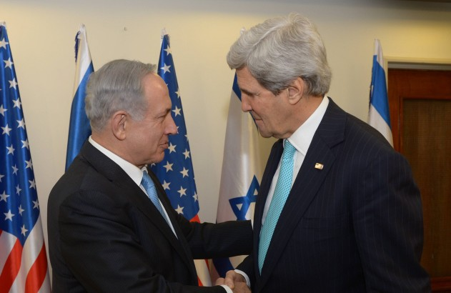 Israeli Prime Minister Benjamin Netanyahu meets with Secretary of State John Kerry in Jerusalem on March 31, 2014. (Amos Ben Gershom/Israel Government Press Office/FLASH90)