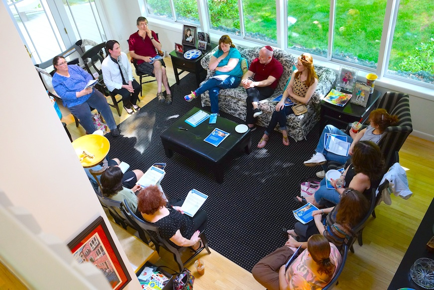 Parents and teachers of the closing Kehillah Schechter Academy meet in Easton, Mass., to discuss launching a new area day school on May 25, 2014. (Devorah Daniels)
