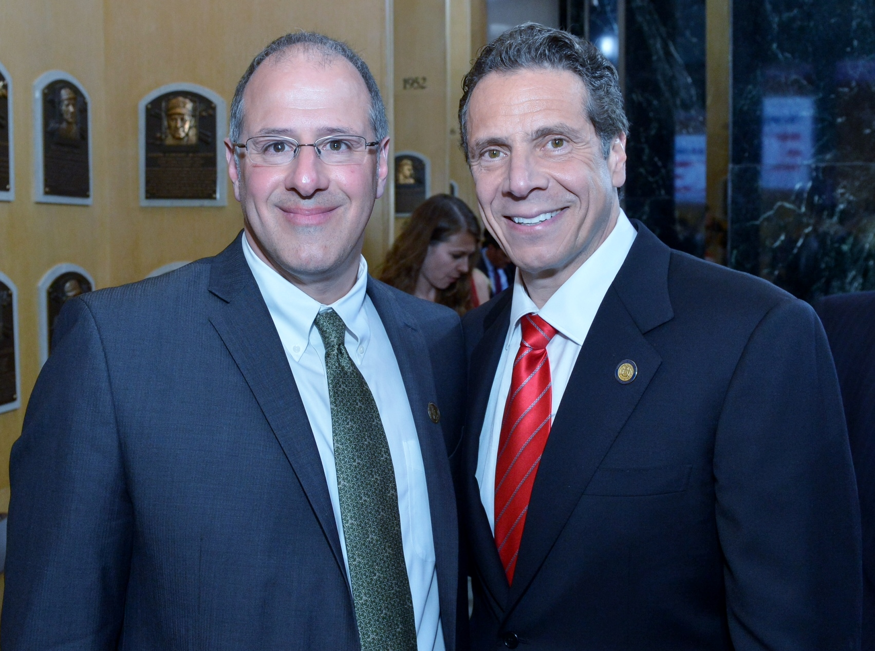 Cooperstown Mayor Jeff Katz, left, with New York Gov. Andrew Cuomo at the National Baseball Hall of Fame and Museum in Cooperstown, N.Y., May 22, 2014. (Courtesy of Jeff Katz)