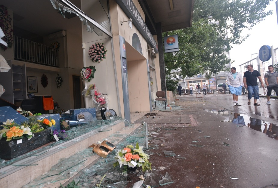 In the Paris suburb of Sarcelles, pro-Palestinian rioters broke shop windows and set fires on July 20, 2014. (Cnaan Liphshiz)