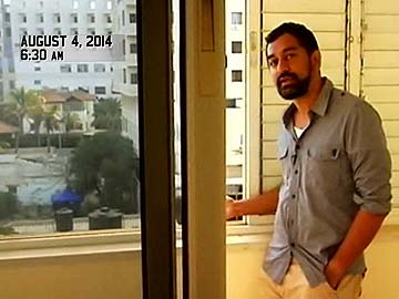 New Delhi TV reporter Sreenivasan Jain showing Hamas fighters in Gaza preparing to launch a rocket toward Israel, Aug. 4, 2014. (NDTV)