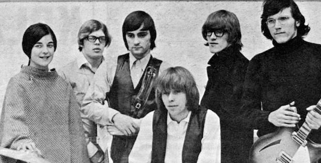 Jorma Kaukonen, far right, was a member of the seminal rock band Jefferson Airplane, shown here in 1966. (Wikimedia Commons)