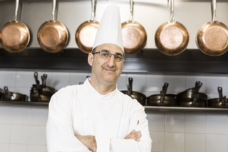 Nir Elyakim, the chef at Inbal Jerusalem. (Courtesy Inbal Jerusalem)