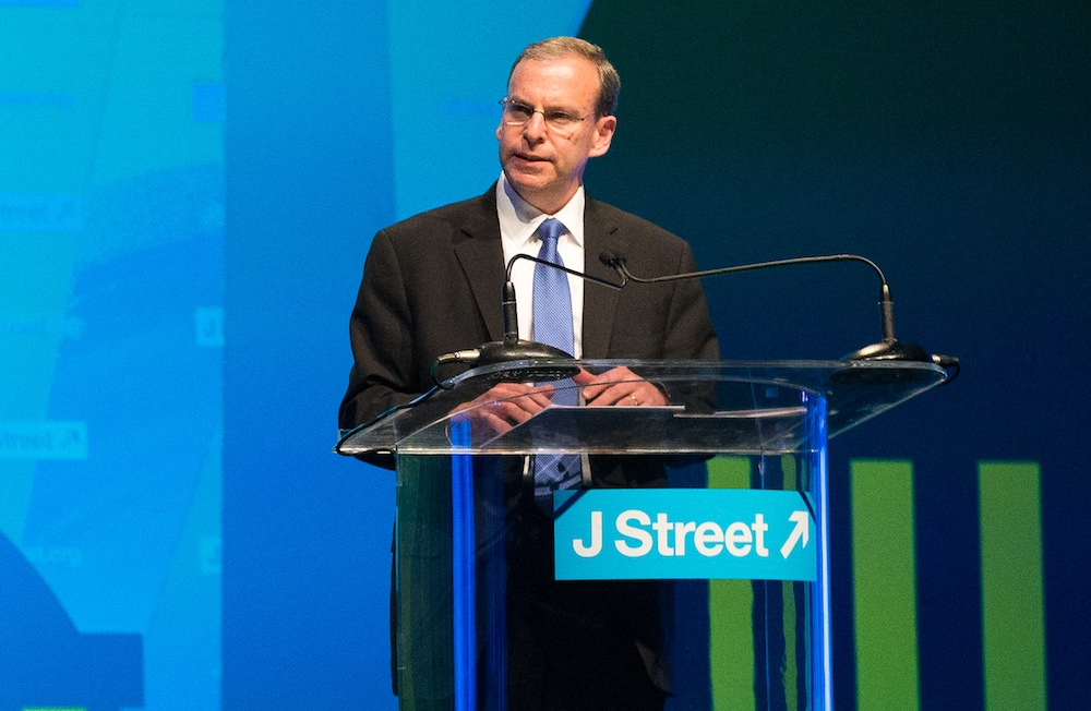 J Street Executive Director Jeremy Ben-Ami addressing supporters at the organization's conference in Washington, March 21, 2015. (J Street)