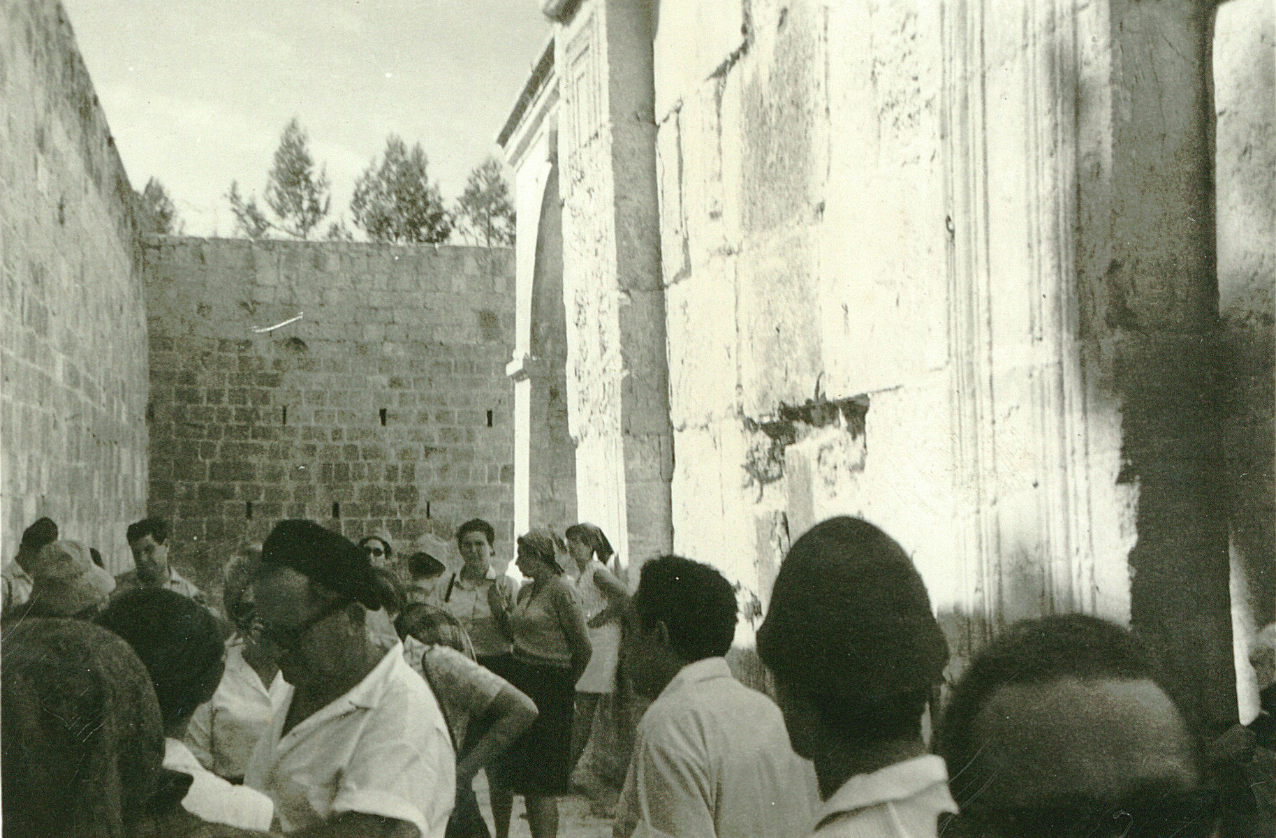 17feee611a8ae2 From the Archive  First rumblings in the battle for pluralism at the  Western Wall