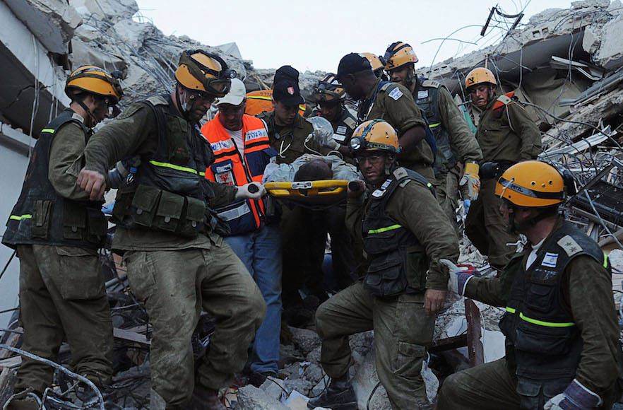 Israeli rescuers arrived in Haiti on the evening of Jan. 15, 2010, hours after Obama spoke. Photo from Jan. 17. (IDF Spokesperson/FLASH90)
