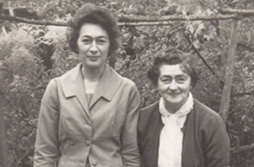 Helena Colomerecki, right, was a Polish-born Jew who changed her name from Malie Rothenberg. (Courtesy: Jennie Workman Milne)
