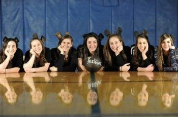 Northwest Yeshiva High School's 2014-2015 women's basketball team. (Courtesy of Northwest Yeshiva High School)