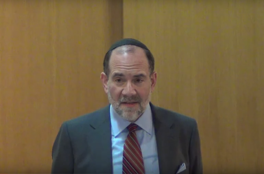 Rabbi Jonathan Rosenblatt speaking at the Riverdale Jewish Center in New York on Feb. 26, 2014. (Screenshot: YouTube)