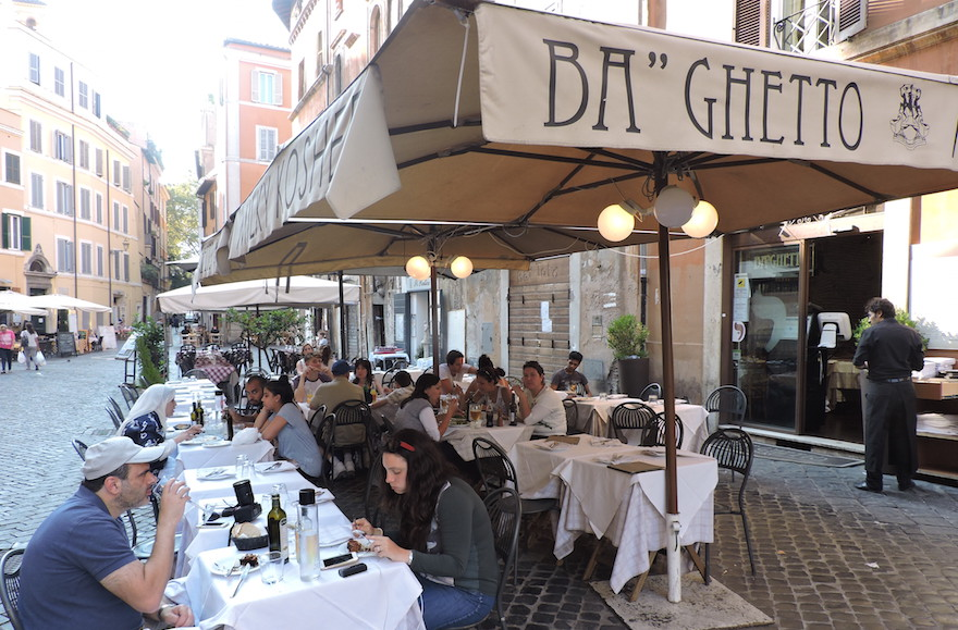 Diners at the Rome branch of Ba'Ghetto, a kosher eatery which operates three locations in Italy. (Ben Sales)