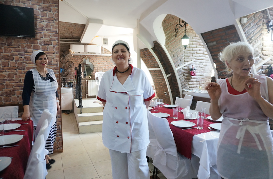 Nanuli Janashvili, left, kosher superviser at Restaurant Jerusalem Tbilisi, Georgia, with chef Eto Urusadze and a khinkali chef, Aug. 20, 2015. (Cnaan Liphshiz)