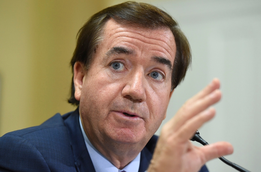 Rep. Ed Royce, chairman of the House Foreign Affairs Committee, speaking on Capitol Hill in Washington, D.C., Sept. 8, 2015. (Molly Riley/AP Images)