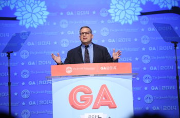 Jerry Silverman, CEO of the Jewish Federations of North America, speaks at the 2014 General Assembly in National Harbor, Maryland. (The Jewish Agency for Israel Flickr)