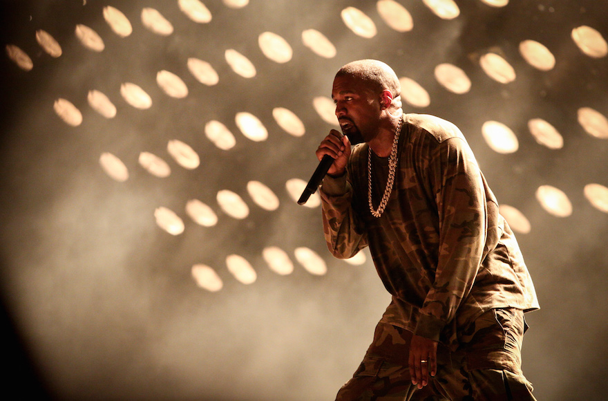 Kanye West performing at the Ramat Gan stadium, near Tel Aviv, on Sept. 20, 2015. (Flash90)