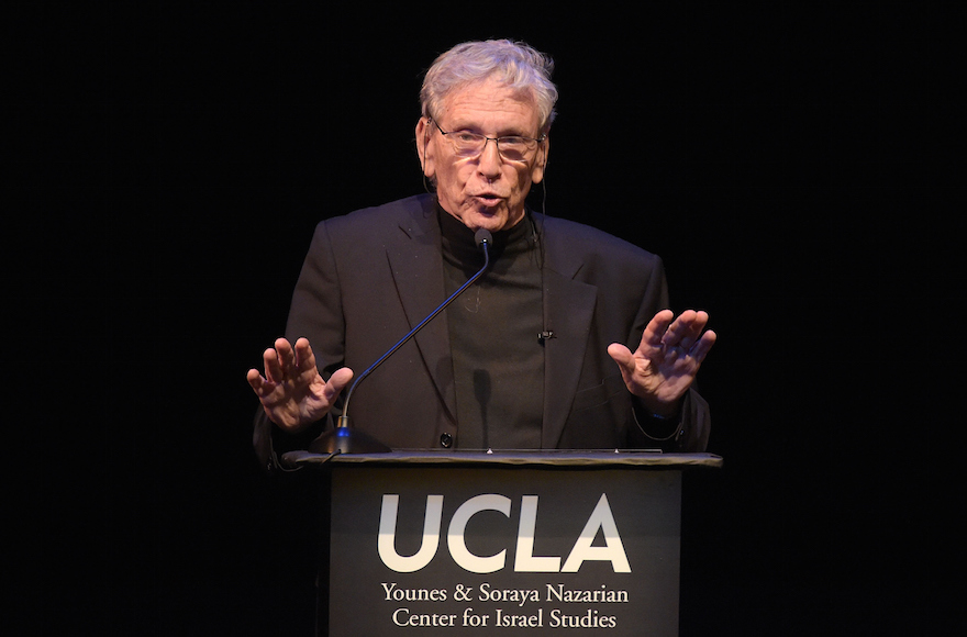 Amos Oz attending the UCLA Younes & Soraya Nazarian Center For Israel Studies 5th Annual Gala at Wallis Annenberg Center for the Performing Arts in Beverly Hills, California, May 5, 2015. (Jason Kempin/Getty Images)