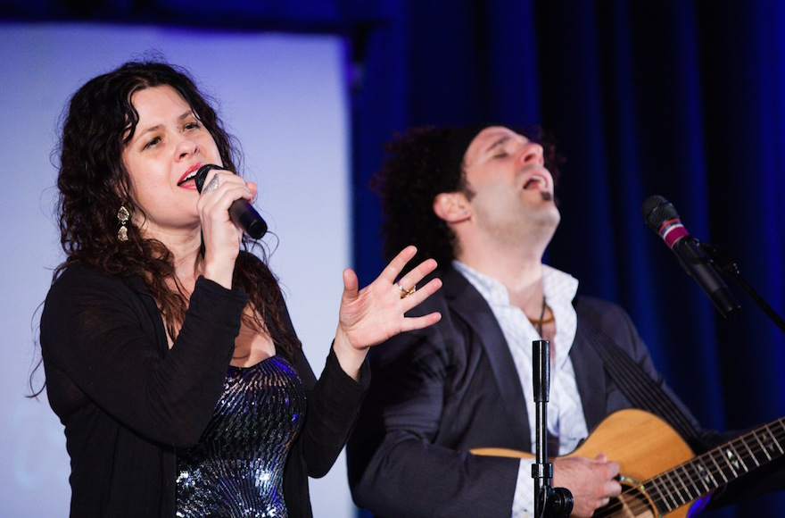Neshama Carlebach and Josh Nelson performing at the United Synagogue centennial in Baltimore, Md. (Mike Diamond Photography)