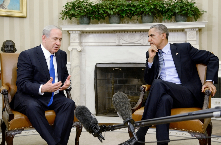 U.S President Barack Obama, right, meeting with Israeli Prime Minister Benjamin Netanyahu in the Oval Office of the White House in Washington, D.C., Nov. 9, 2015. (Olivier Douliery/Getty Images)