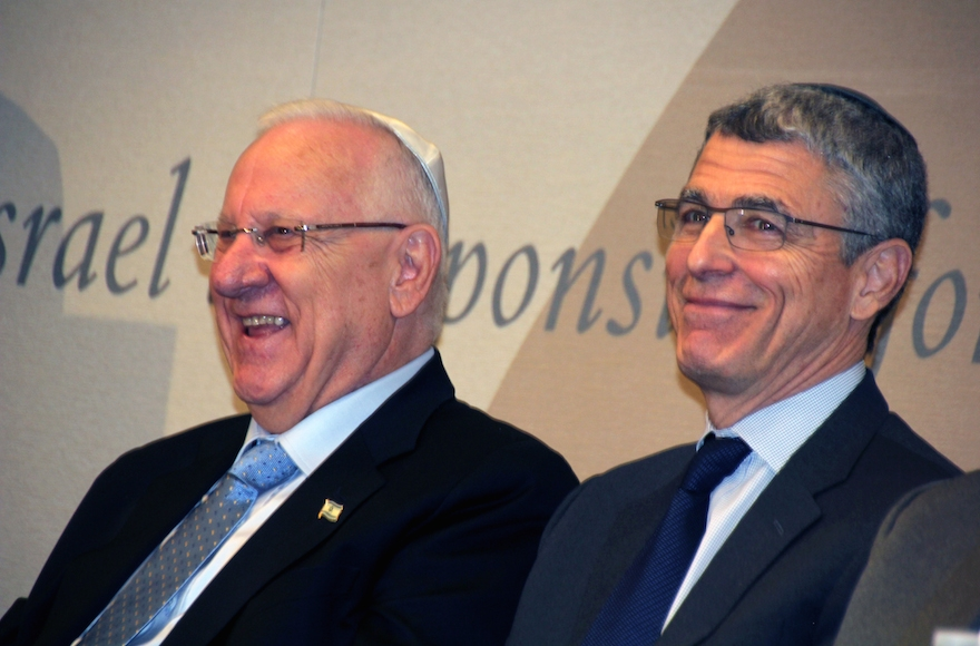 Israeli President Reuven Rivlin, right, met U.S. Jewish religious leaders, including Union for Reform Judaism President Rabbi Rick Jacobs, in New York, Dec. 11, 2015. (Courtesy of the Union for Reform Judaism)