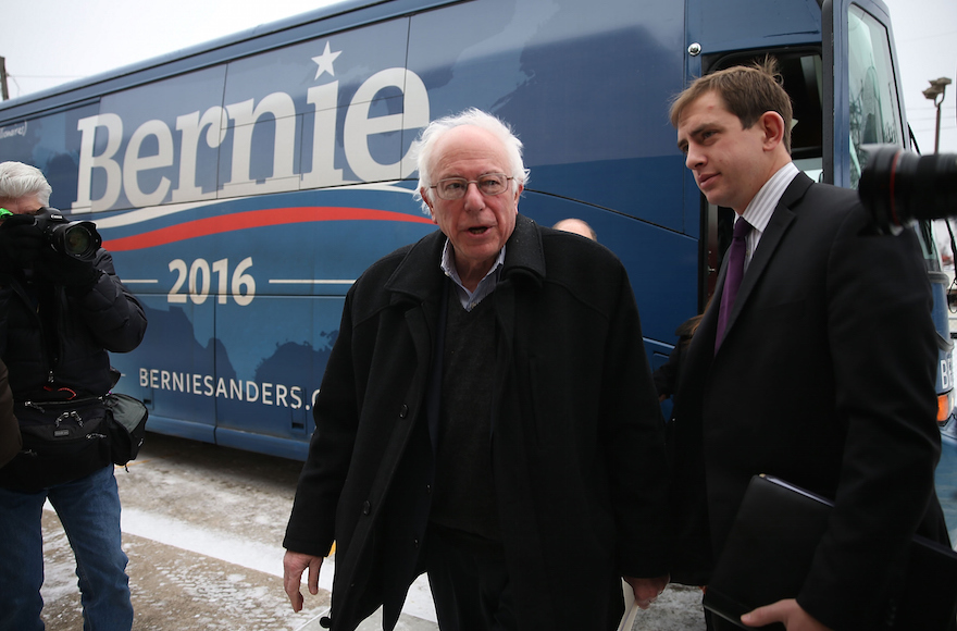 Democratic presidential candidate Sen. Bernie Sanders, I-Vt., stepping off his campaign bus an event with United Steelworkers Local 310L in Des Moines, Iowa, Jan. 26, 2016. (Joe Raedle/Getty Images)