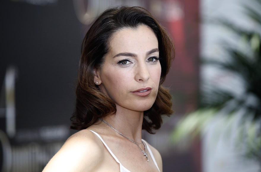 "Israeli actress Ayelet Zurer posing during a photocall for the TV show ""Hostages"" as part of the 54th Monte-Carlo Television Festival in Monaco, June 11, 2014.  (Valery Hache/AFP/Getty Images)"