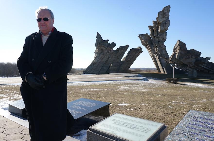 Nazi hunter Efraim Zuroff saying Kaddish, a mourning prayer, for Holocaust victims near Kaunas, Lithuania, Feb. 15, 2015. (Cnaan Liphshiz)