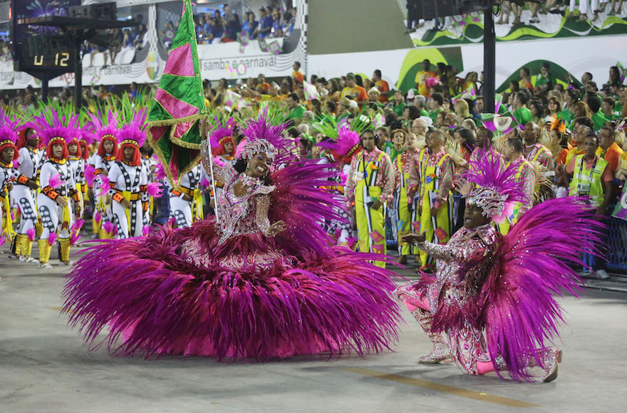 A Carnival performance by the Mangueira samba school in Rio. (Riotur)
